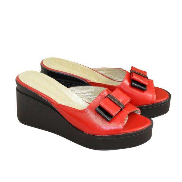 Сабо кожаные женские на устойчивой платформе, цвет красный