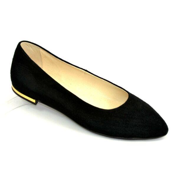 Женские замшевые туфли-балетки с заостренным носком