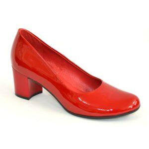 Красные кожаные лаковые женские туфли-лодочки на невысоком устойчивом каблуке