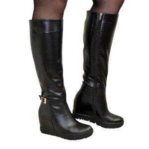 Женские кожаные сапоги зима осень на скрытой танкетке, черного цвета