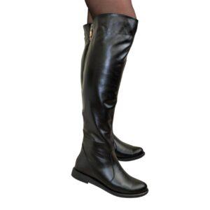 Ботфорты женские кожаные черные на низком ходу