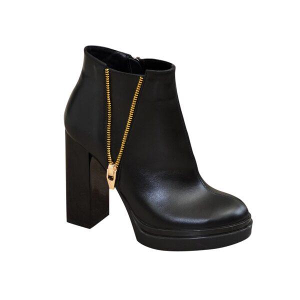 Демисезонные женские кожаные полуботинки на высоком каблуке