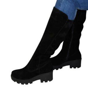 Женские замшевые сапоги зима осень на утолщенной тракторной подошве, цвет черный