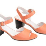Босоножки кожаные женские на устойчивом каблуке, цвет коралл