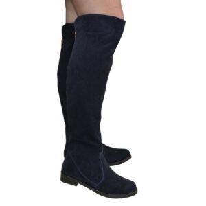Женские замшевые ботфорты на низком ходу синего цвета