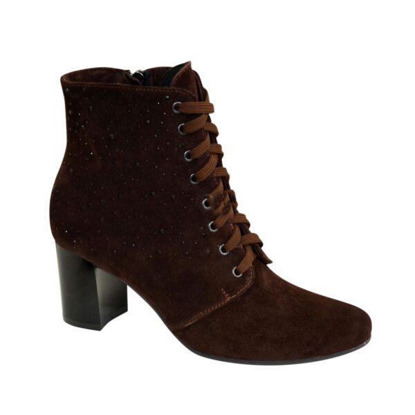 Ботинки женские коричневые замшевые зимние на устойчивом каблуке, декорированы накаткой камней