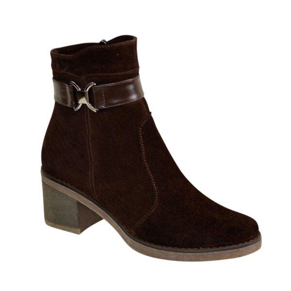 Полуботинки коричневые женские зимние замшевые на невысоком каблуке
