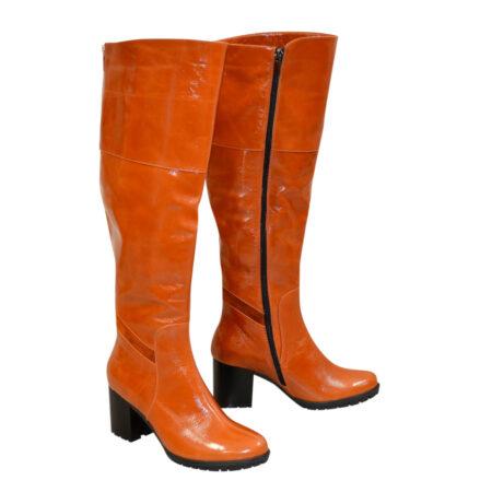 Ботфорты рыжие кожаные на устойчивом каблуке, зима осень