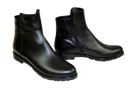 кожаные черные женские ботинки на невысоком каблуке, зима -осень