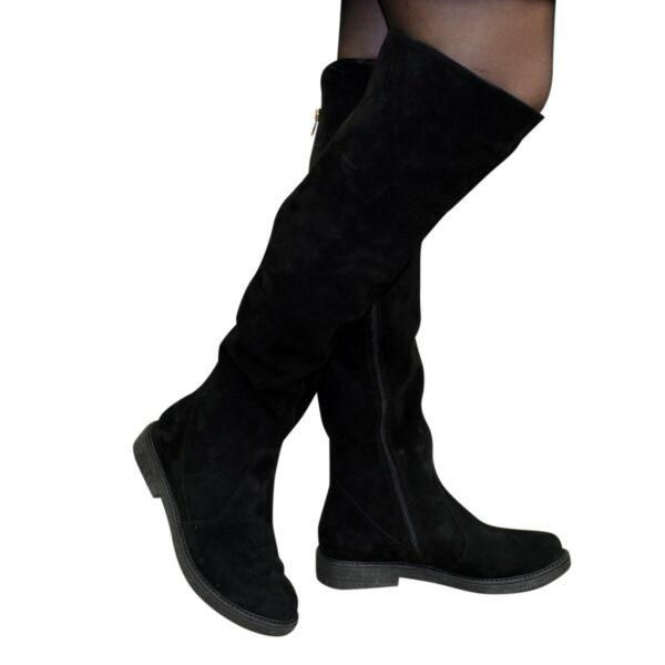 Ботфорты демисезонные женские черные замшевые на низком ходу
