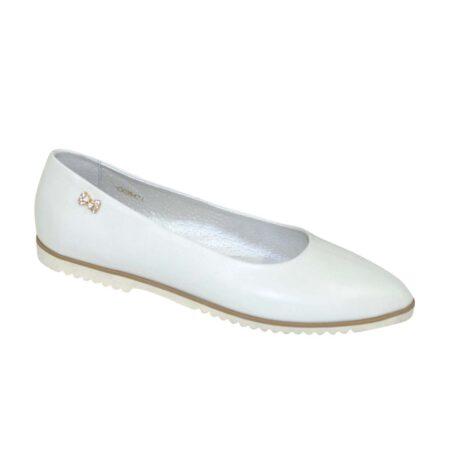 Женские туфли-балетки из натуральной белой кожи с заостренным носком на плоской подошве/ цвет белый