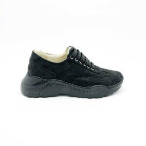 Кроссовки женские кожаные на облегченной подошве, цвет черный