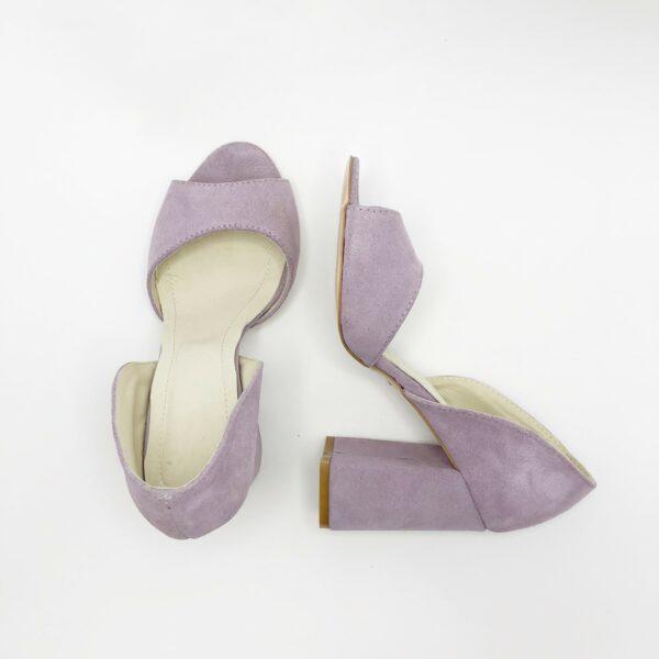 Босоножки женские замшевые на обтяжном высоком каблуке, цвет лаванда