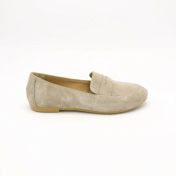 Женские замшевые мокасины туфли бежевого цвета, на тонкой подошве