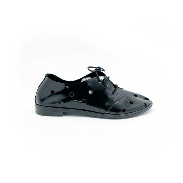 Туфли женские из черной лаковой кожи без подкладки, низкий ход