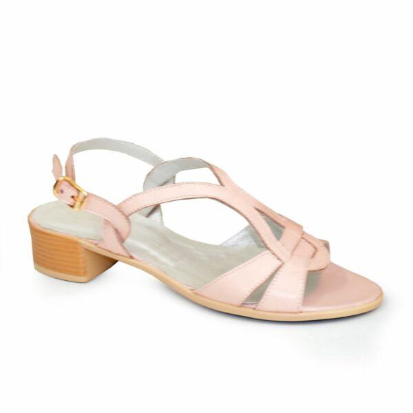 Женские кожаные босоножки на невысоком каблуке, цвет пудра