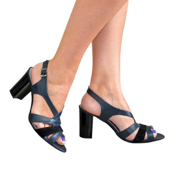Босоножки женские на устойчивом каблуке, цвет синий