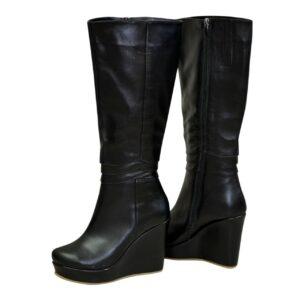 Женские зимние кожаные сапоги на устойчивой платформе