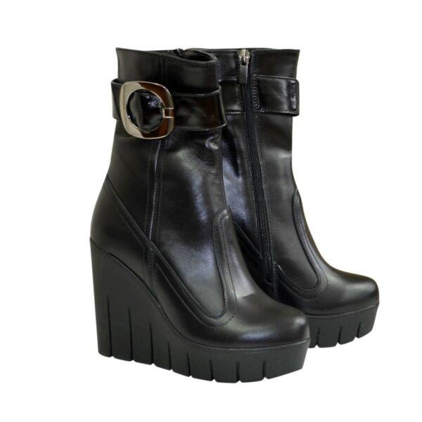 Ботинки кожаные женские зимние на высокой устойчивой платформе