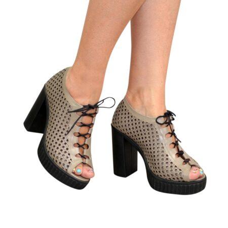 Босоножки женские кожаные на высоком каблуке, цвет визон