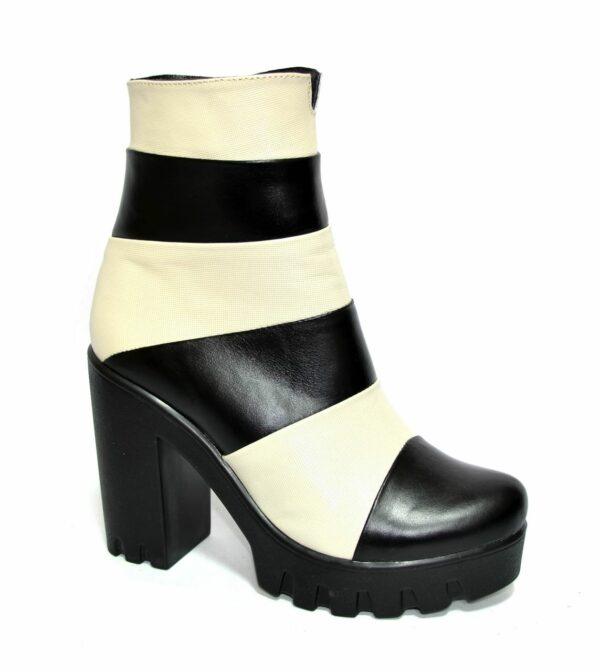 Женские демисезонные ботинки на тракторной подошве, натуральная кожа, бежево-черные