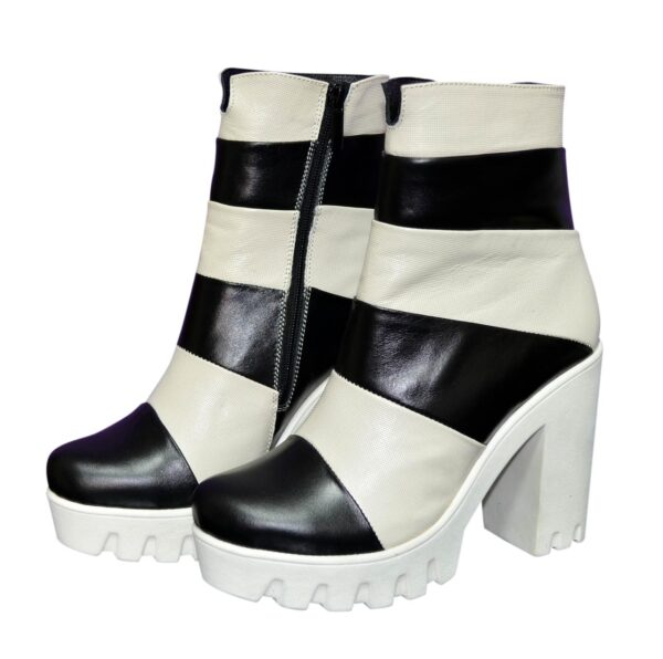 Женские зимние ботинки на белой тракторной подошве, натуральная кожа, бежево-черные