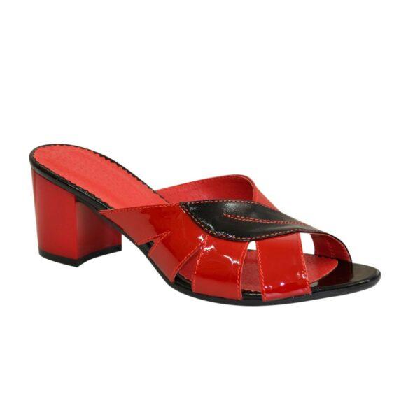 Сабо женские лаковые на невысоком каблуке, цвет черный и красный