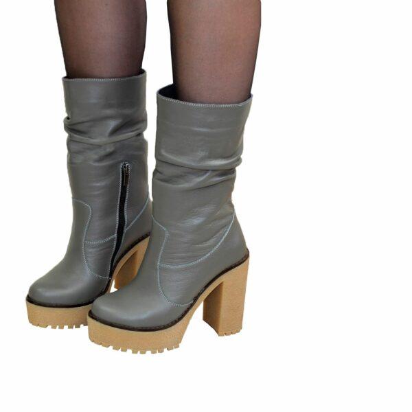 Ботинки кожаные зимние на высоком каблуке, цвет серый