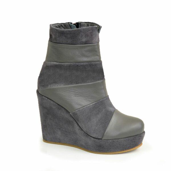Женские зимние ботинки на высокой платформе, натуральная замша и кожа серого цвета