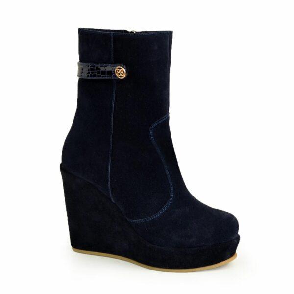 Ботинки синие женские замшевые зимние на устойчивой платформе