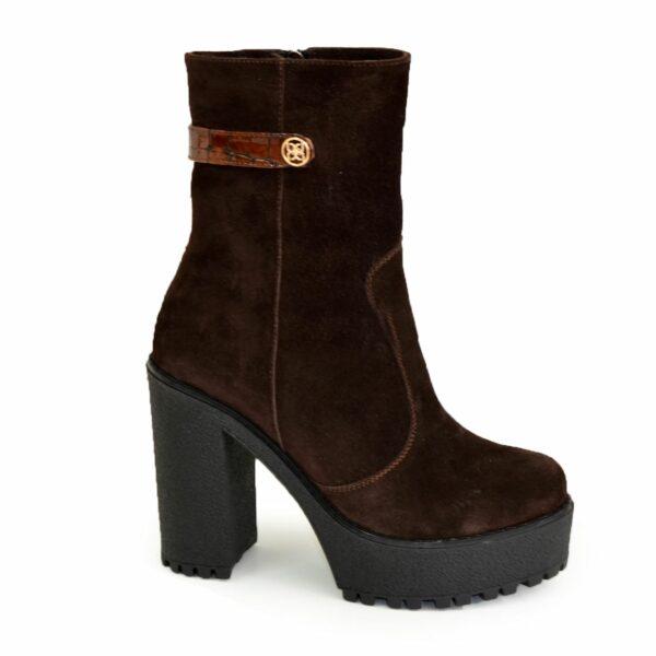 Ботинки женские коричневые замшевые зимние на платформе