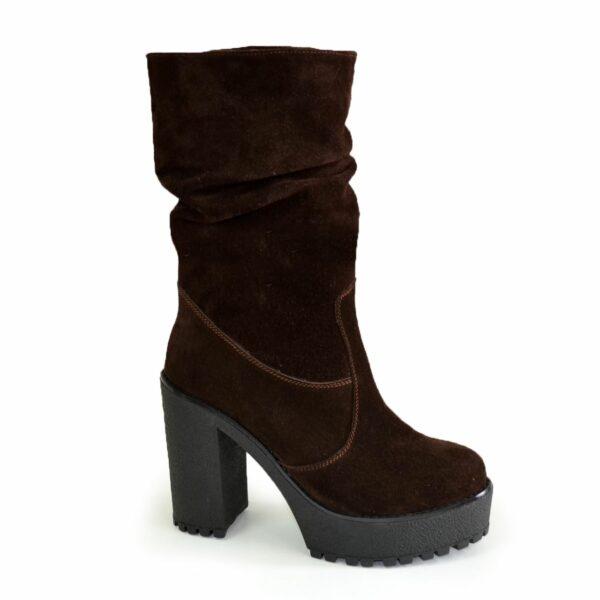 Ботинки замшевые зимние на высоком каблуке, цвет коричневый