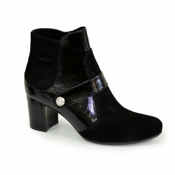 Женские классические демисезонные полуботинки на невысоком каблуке