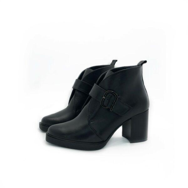 Ботинки женские кожаные на устойчивом широком каблуке