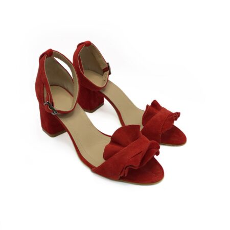Босоножки женские замшевые красные с рюшами на устойчивом каблуке