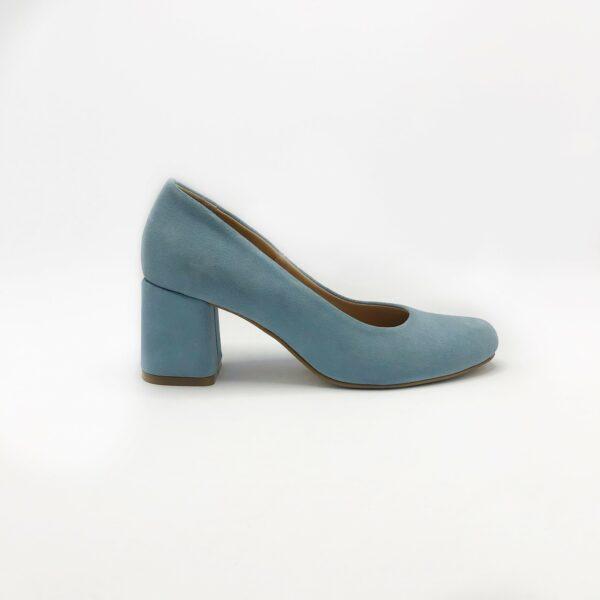 Женские туфли лодочки замшевые голубого цвета на устойчивом каблуке