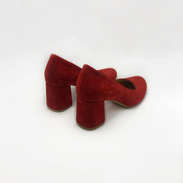 Красные туфли лодочки замшевые на устойчивом каблуке