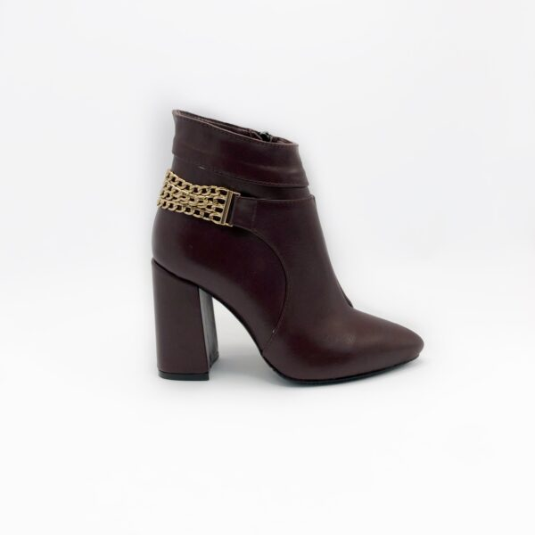 Ботинки женские из кожи бордового цвета на устойчивом каблуке
