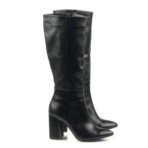 Женские кожаные черные сапоги на высоком каблуке