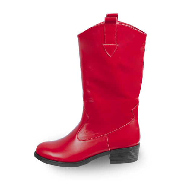 Сапоги женские кожаные казаки красного цвета на устойчивом каблуке