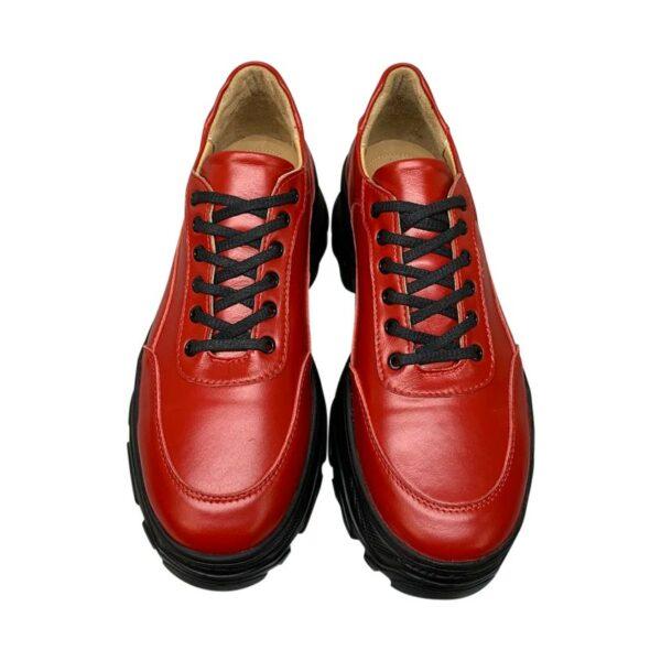Кроссовки женские красные кожаные на облегченной танкетке
