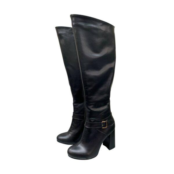 Женские кожаные ботфорты черного цвета на высоком устойчивом каблуке