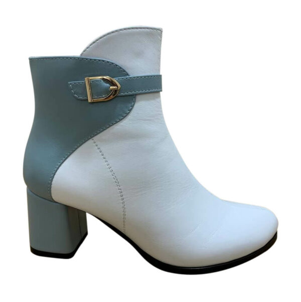 Ботинки женские кожаные на устойчивом каблуке бело голубого цвета