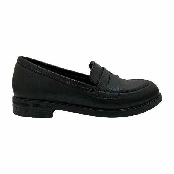 Туфли лоферы женские из натуральной кожи черного цвета