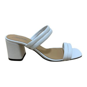 Женские белые шлепки из натуральной кожи на удобном каблуке