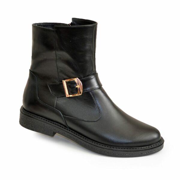 Ботинки кожаные черные женские зимние на невысоком каблуке
