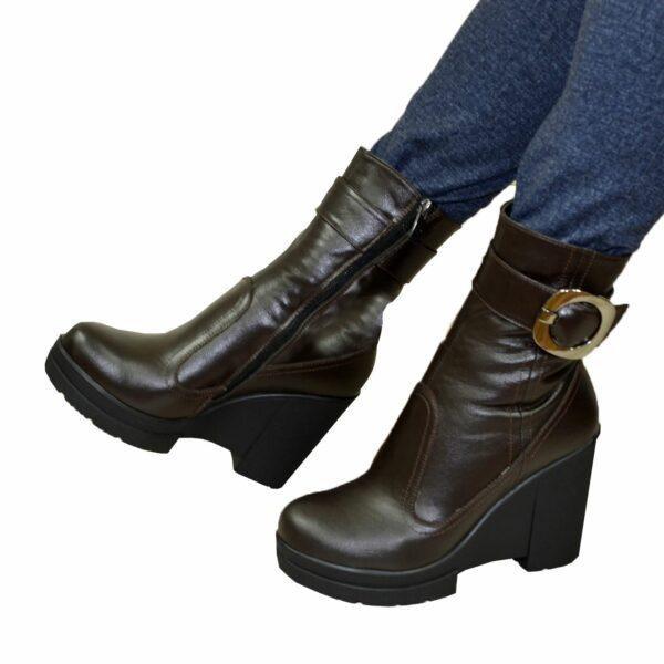 Ботинки кожаные женские зимние на высокой устойчивой платформе, коричневый цвет