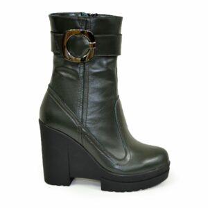 Ботинки кожаные женские зимние на высокой устойчивой платформе,зеленый цвет