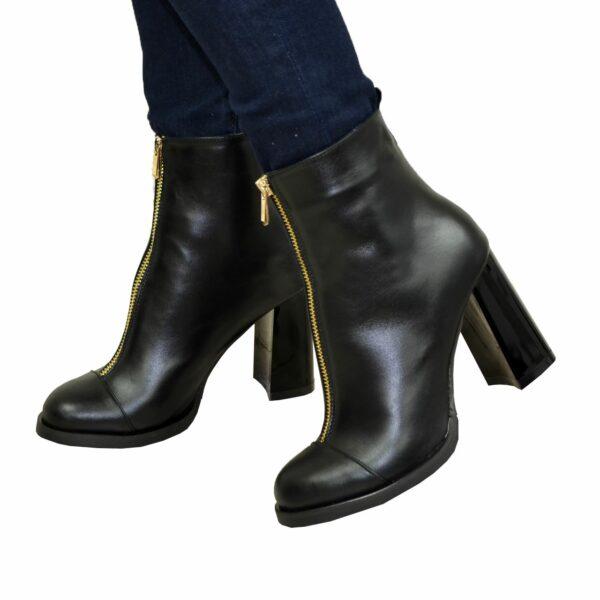 Ботинки зимние женские кожаные на высоком каблуке