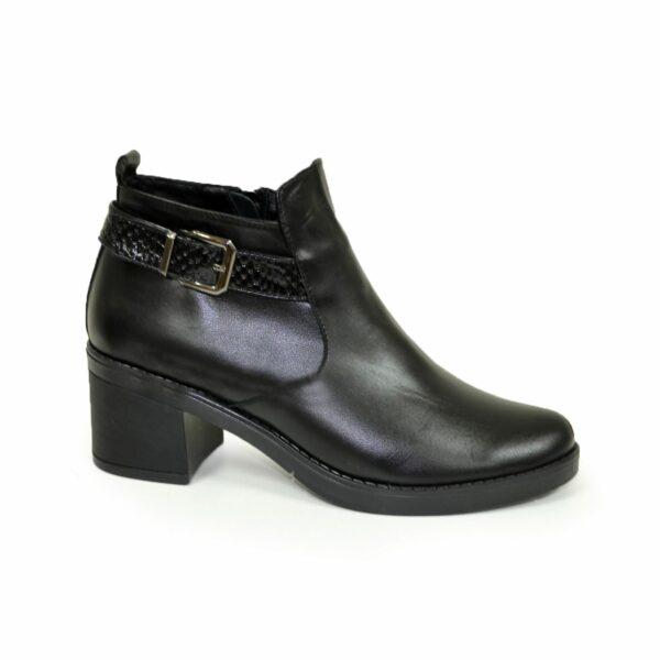 Кожаные женские зимние ботинки на устойчивом каблуке, черный цвет